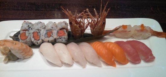 Samurai's Cuisine: sushi dinner with sweet shrimp
