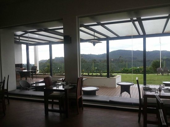 Ooty - Fern Hill, A Sterling Holidays Resort : Restaurant. Nice view from the restaurant. Good food.