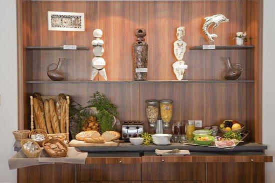 Europe Hotel: Petit-déjeuner buffet
