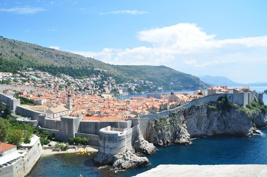 Villas Plat : Dubrovnik and the walls.
