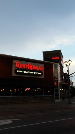 Niagara Falls: Restaurants in Niagara