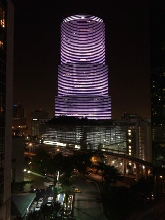 Kimpton EPIC Hotel: Epic view of BOA all lit up
