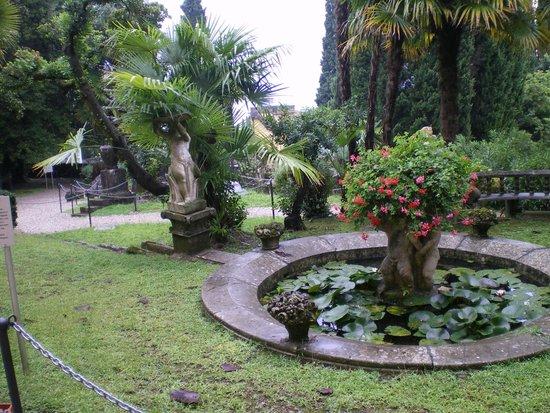 Giardini privati foto di il vittoriale degli italiani for Giardini esterni foto