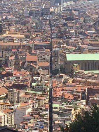 Castel Sant'Elmo : Se questa non spaccanapoli!