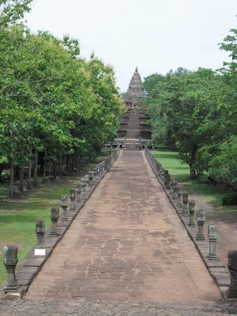 Phanom Rung Historical Park (Prasat Hin Phanom Rung): 遺跡への道中