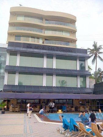 Hotel Sea Princess: Hotel Backside