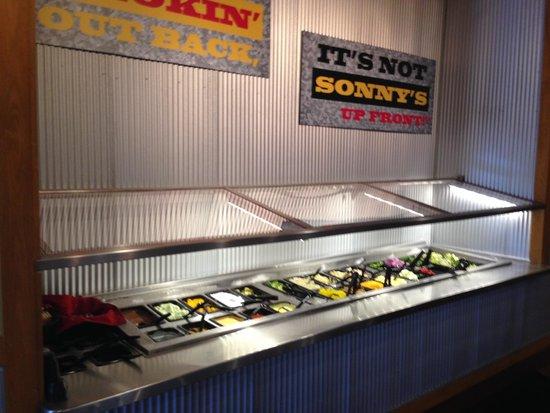Sonny's BBQ: Salad Bar