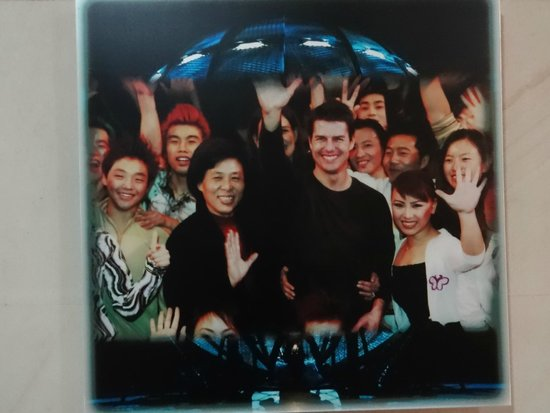 Shanghai Circus World: Tom Cruise visited!