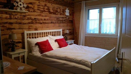 Swiss Seasons Bed & Breakfast: STANZA WINTER