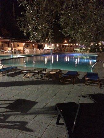Golden Odyssey Kolimbia : piscina hotel