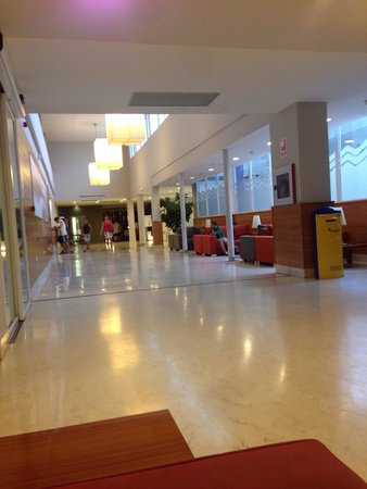 Hotel Mediterraneo Park and Hotel Mediterraneo: Hall