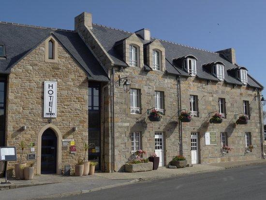 Hostellerie de la Pointe Saint-Mathieu : Hotel von aussen