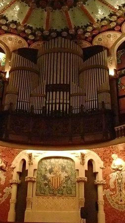 Palais de la Musique Catalane (Palau de la Musica Catalana) : Beautiful organ!