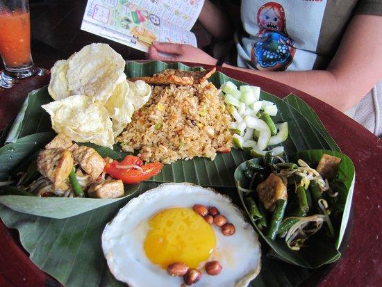 Hotel Tugu Bali : 朝食のナシゴレン