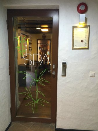 von Stackelberg Hotel Tallinn: Вход в ZEN Spa