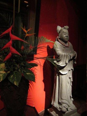 Hotel Tugu Bali : 中国系のアンティーク