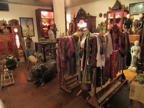 Hotel Tugu Bali: ミュージアムショップ 気軽に買えるものは少ない