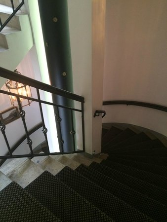 von Stackelberg Hotel Tallinn: Лестница