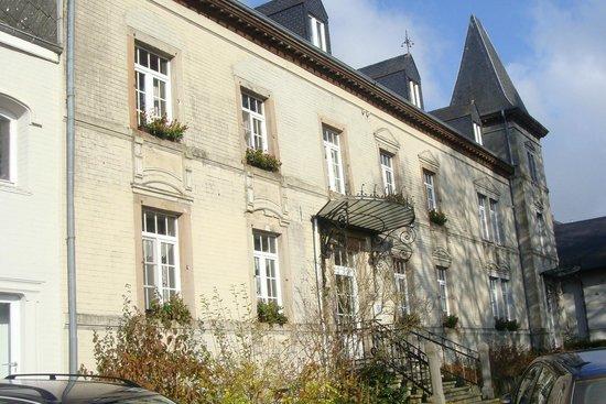 Chateau de Strainchamps : La façade