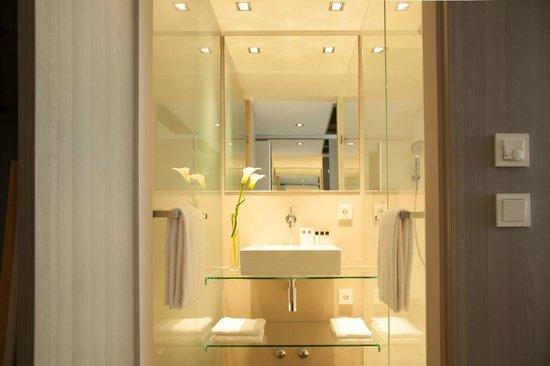 Badezimmer Komfort und Superior - Bild von Relexa Hotel München ...
