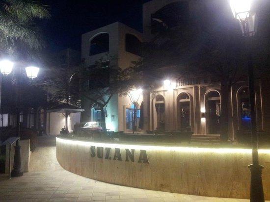 Suzana Restaurant & Bar: suzana