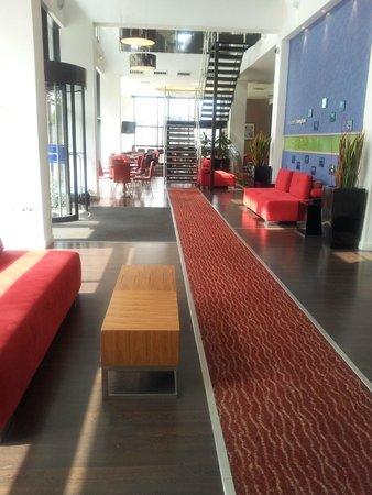 Hampton by Hilton Liverpool City Centre : Reception area