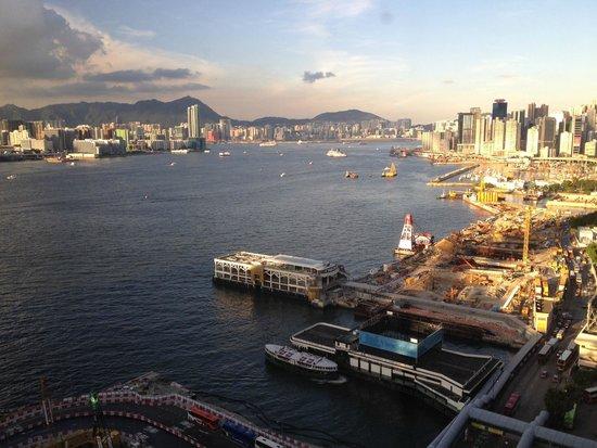 Renaissance Hong Kong Harbour View Hotel: Nice view