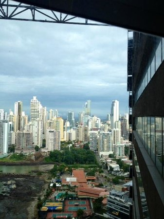 The Bahia Grand Panama: City view