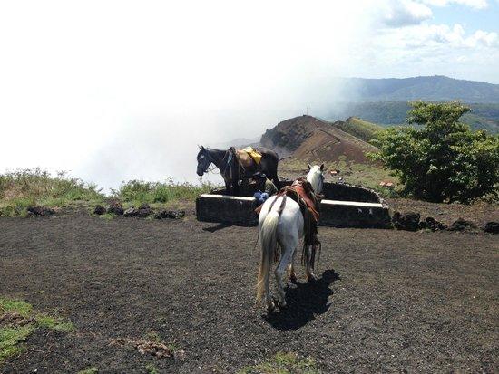 Masaya Volcano National Park: Caballos