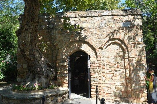 Magical Steps Travel: casa de la Virgen María (Epheso)