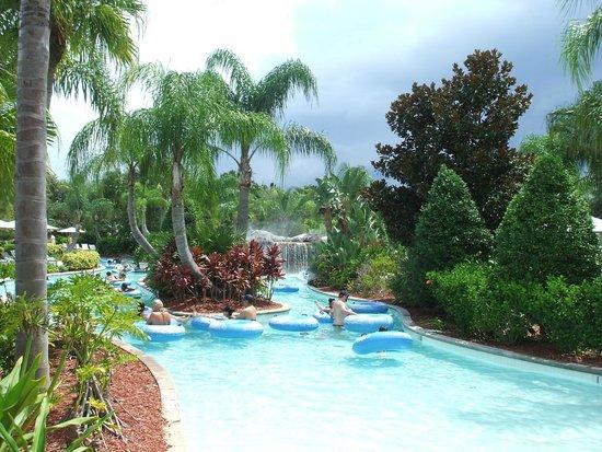 Hilton Orlando: entrance to Lazy river