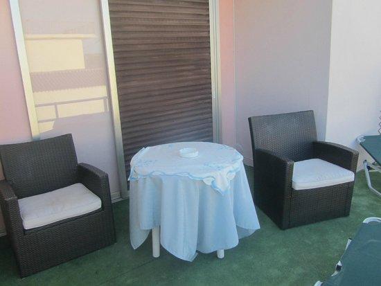 Aspioti - Pipitsa Luxury Apartments: Room 5 - Outside Area