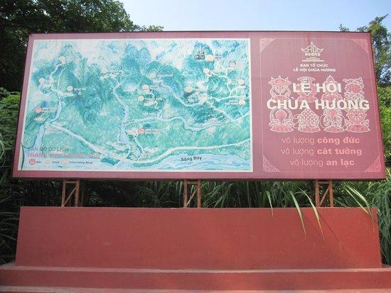 Perfume Pagoda : Cartel informativo