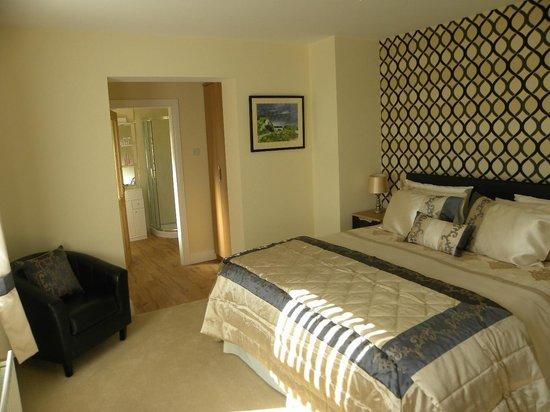 Toberdornan House: Bedroom with Ensuite