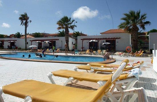 Castillo Beach: Pool View