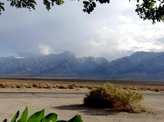 Mt. Williamson Motel: Sierra Afternoon