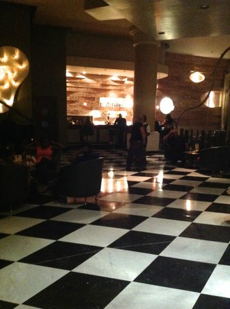 Iberostar Rose Hall Suites: lobby bar