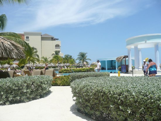 Iberostar Rose Hall Suites: beach