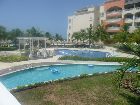 Iberostar Rose Hall Suites : pool