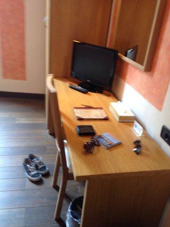 Hotel Villa Betania : TV