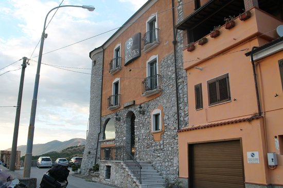 Hotel Villa Torre Antica: l'ingresso