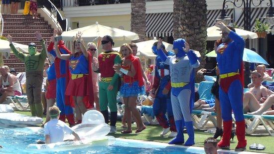 Gran Oasis Resort: Super Hero Day