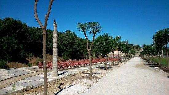 Buddha Eden Garden : Terracotta Armee
