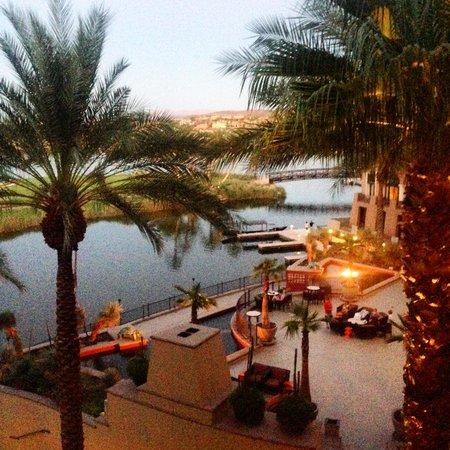 The Westin Lake Las Vegas Resort & Spa: Perfect Happy Hour Drinks on the Balcony!