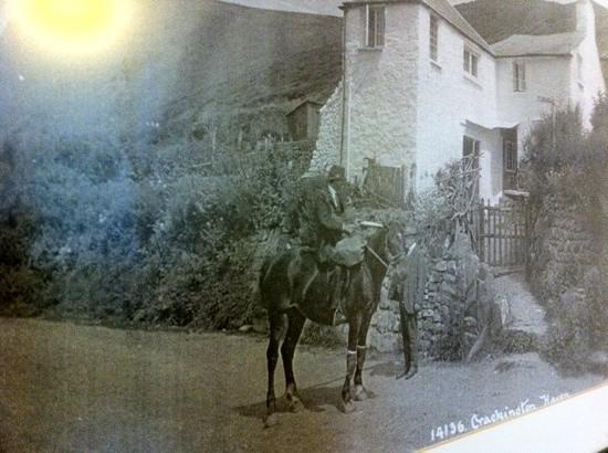 The Old Wainhouse Inn: locals