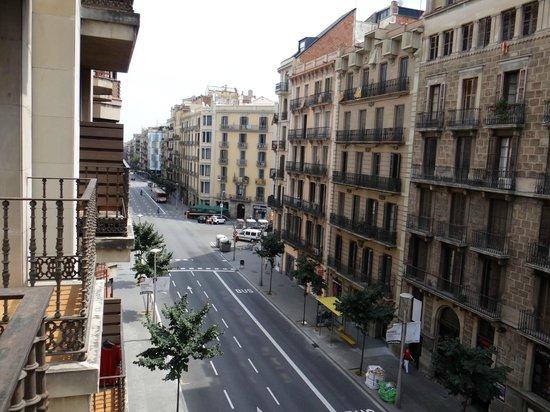 Catalonia Diagonal Centro: Vista do balcão