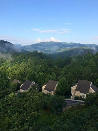 Bluegreen Vacations Mountain Loft Resort, Ascend Resort Collection: View from Balcony