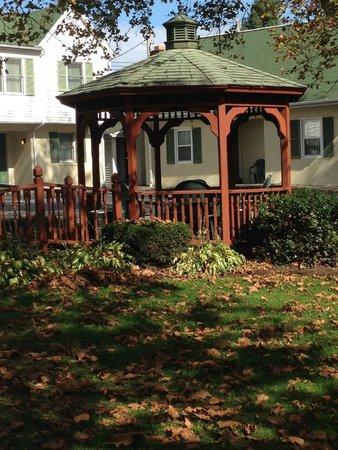 Simplicity Inn Hershey: Outside Area