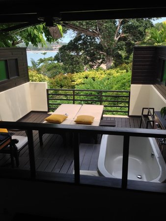 The Tongsai Bay : Private deck of our Cottage Suite