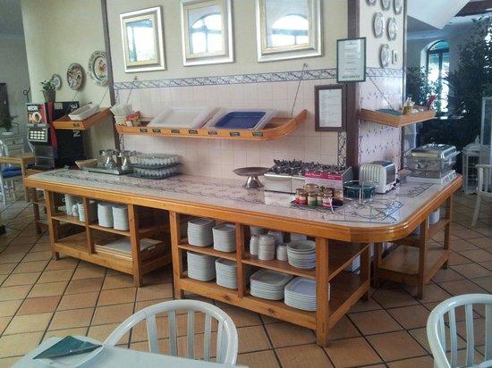 Loule Jardim Hotel : Sala pequeno almoço